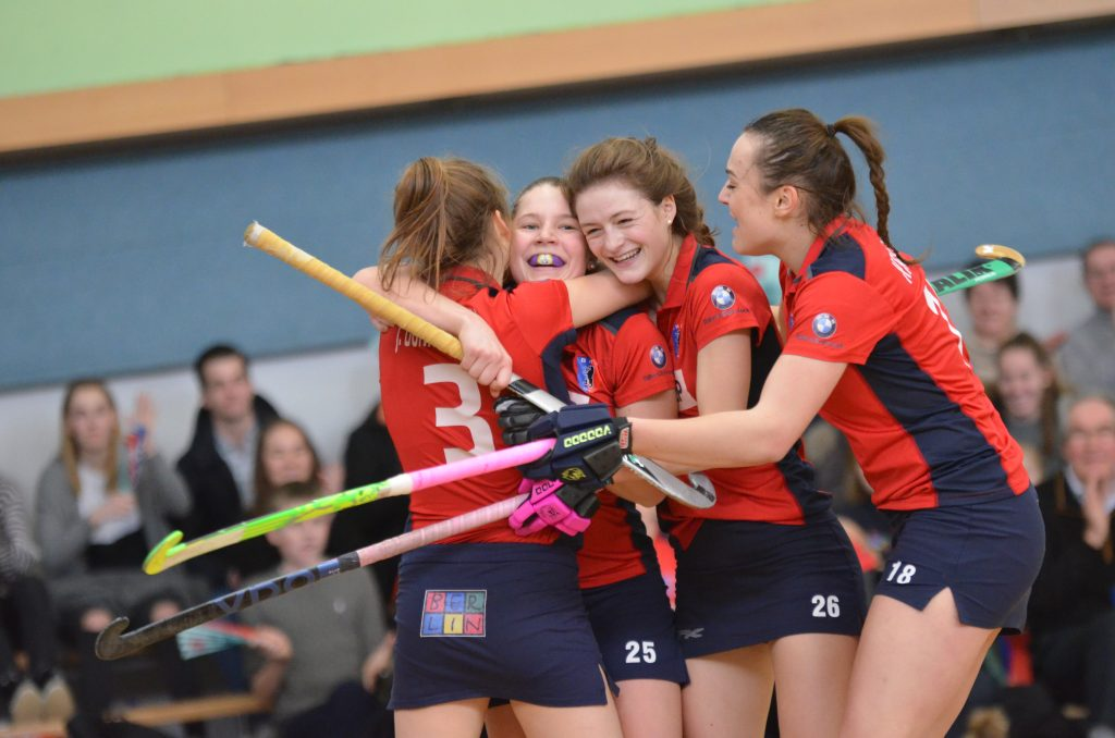 Erster Saisonsieg: Damen bezwingen ATV mit 6:4, Remis gegen TuSLi