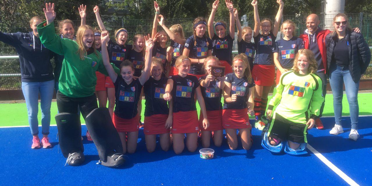 Mädchen A holen die Berliner Meisterschaft
