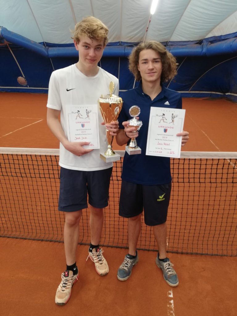 U18 Clubmeister Jakob Jansen (links) gegen Luca Heissel